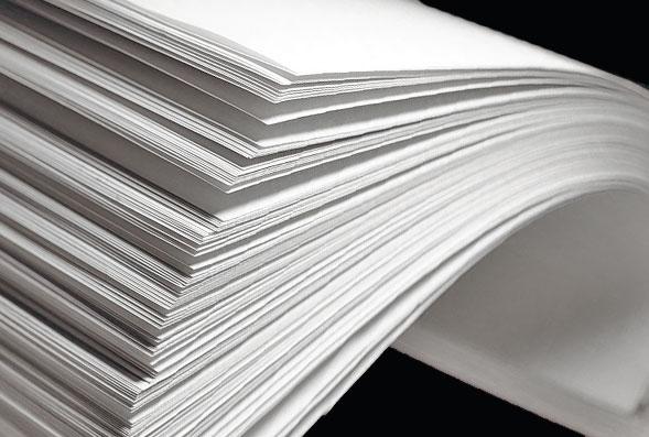 белая переработанная бумага