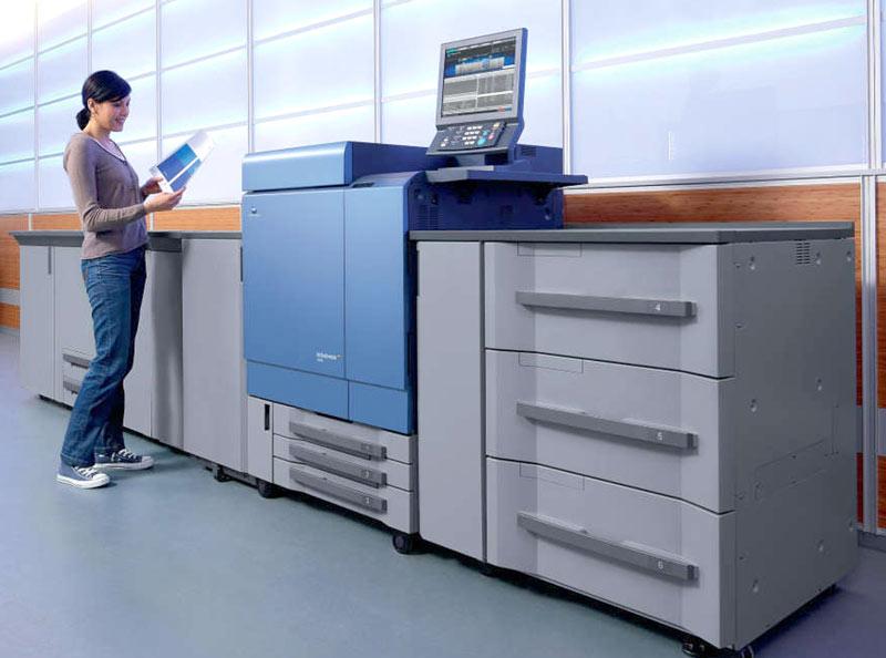Цифровая печатная машина для печати маленьких тиражей листовок