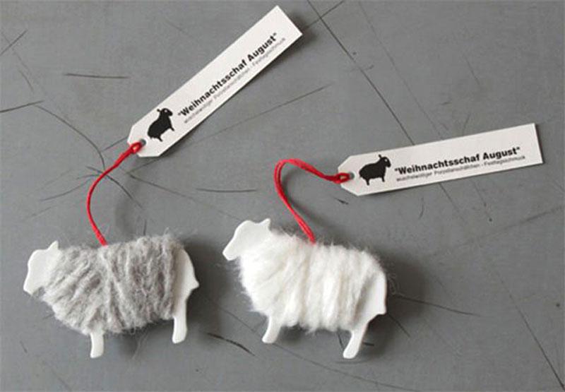 Фигурные визитки в виде овечек.